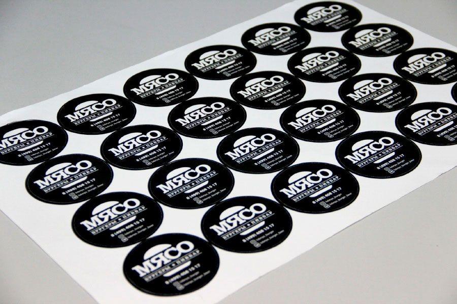 Печать круглых наклеек в Москве | фото 4
