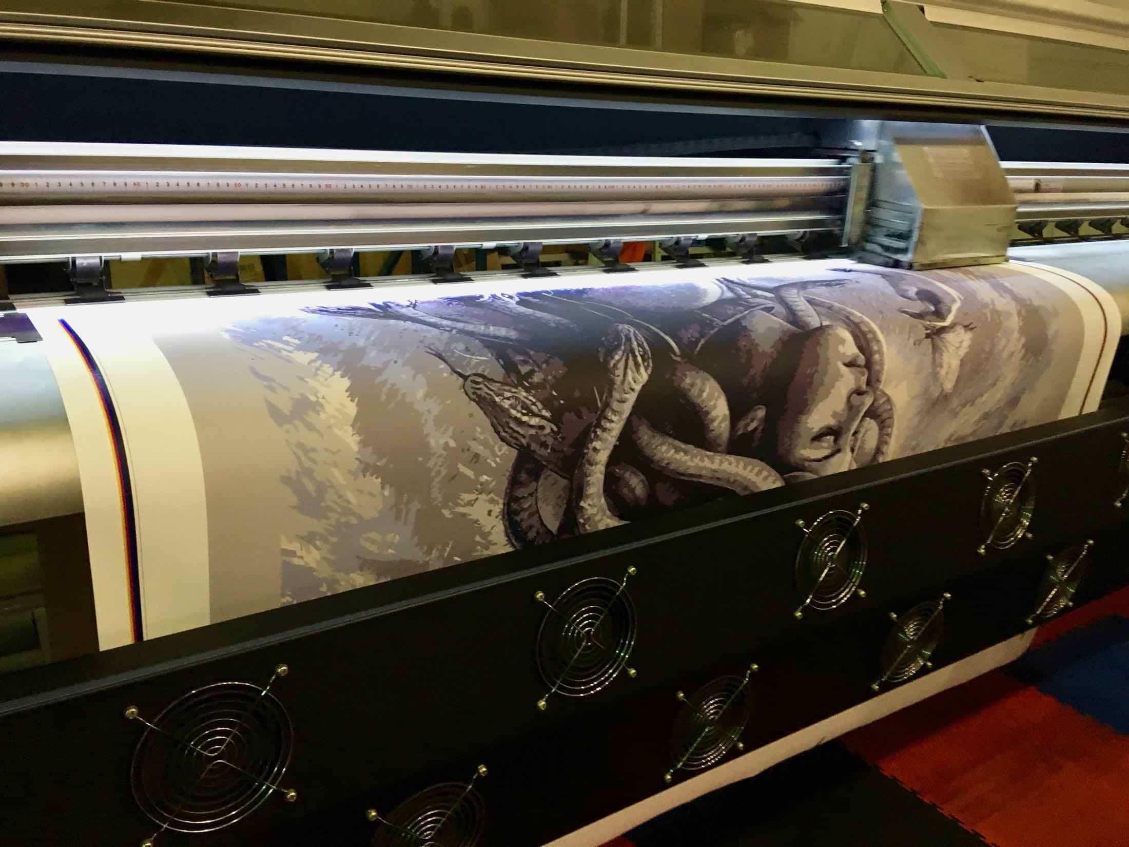 Печать на холсте дешево