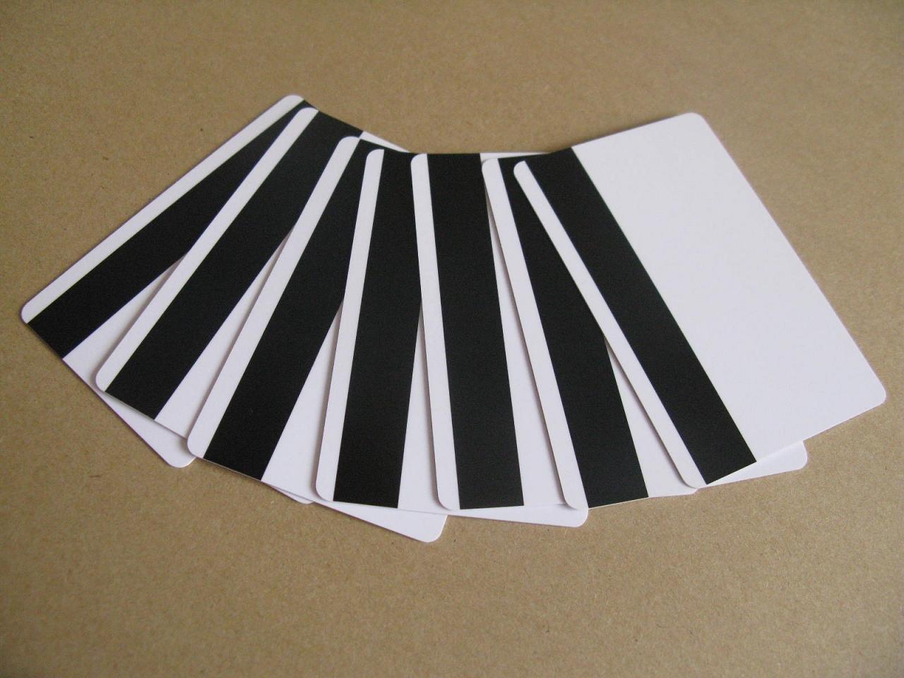 Изготовление пластиковых карт с магнитной полосой в Москве   фото 6