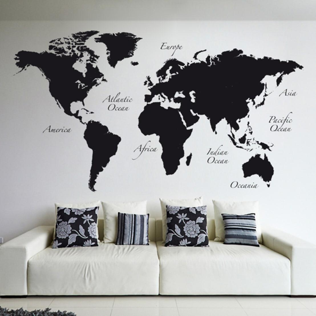 Печать интерьерных наклеек карта мира в Москве | фото 6