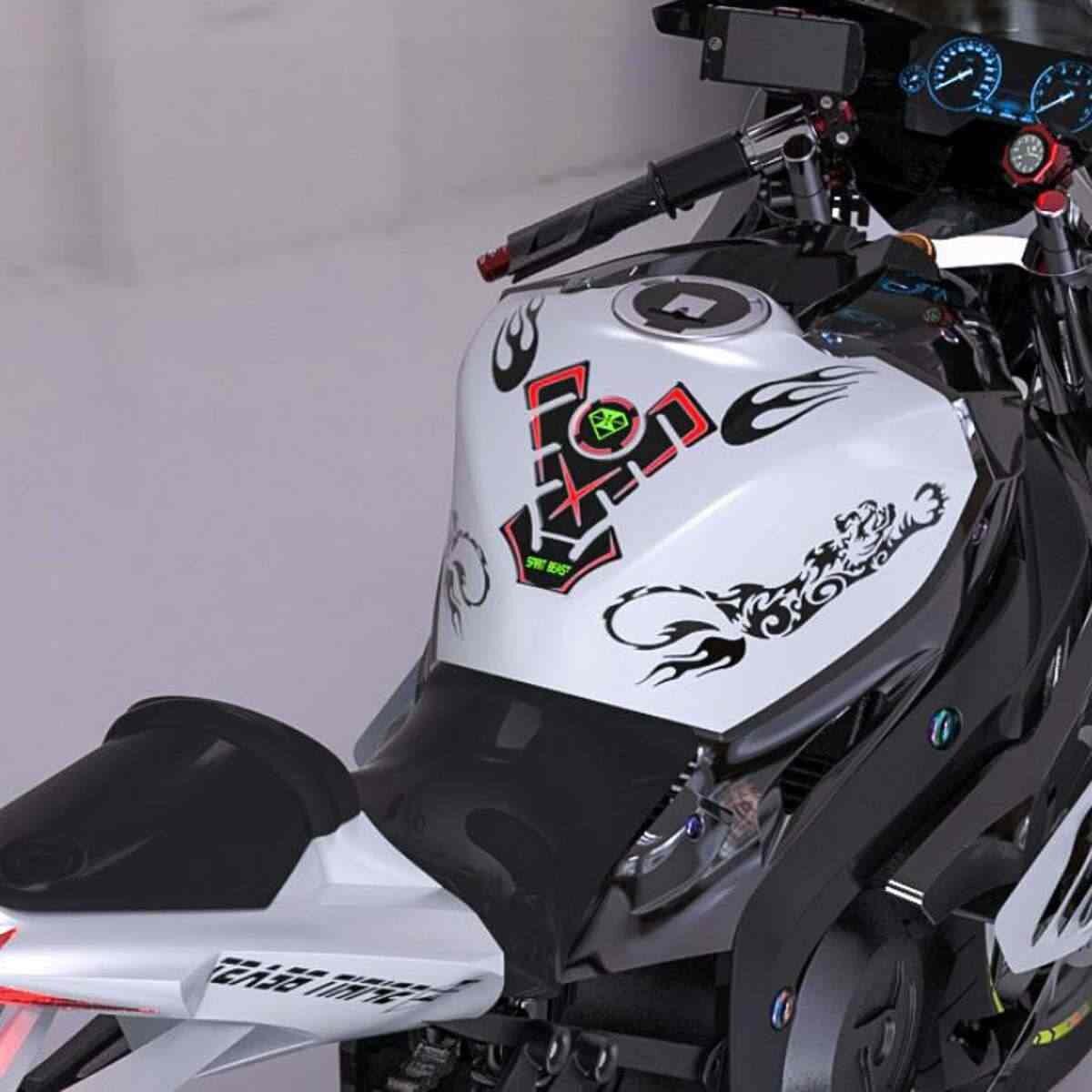Печать наклеек на мотоцикл в Москве | фото 5
