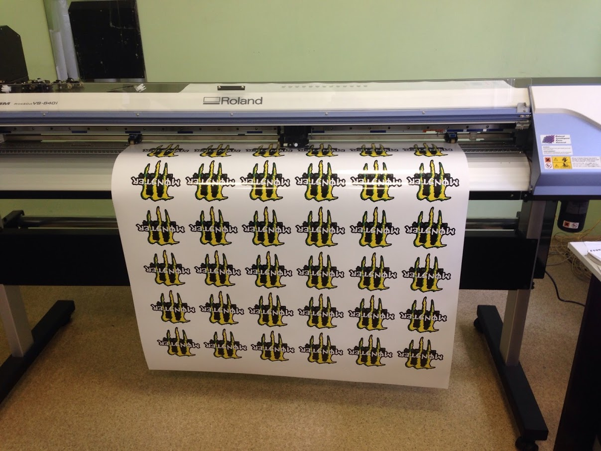 Плоттерная печать наклеек в Москве   фото 6